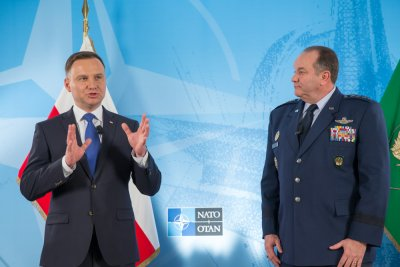 President: Warsaw NATO summit universal and forward-looking