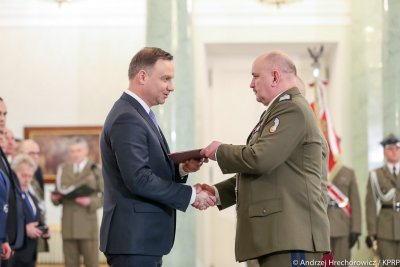President appoints new army commander for Poland